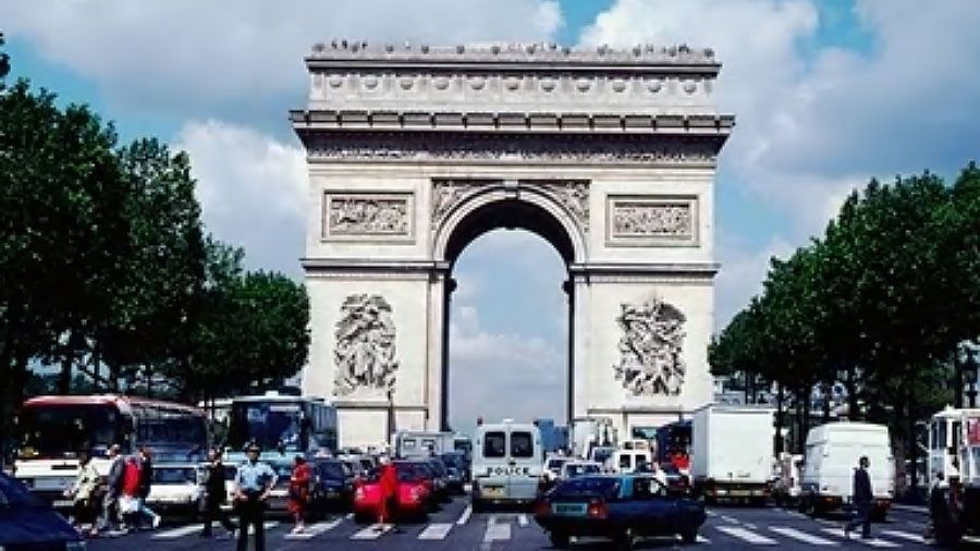 Compare Paris Hotels Lowest Prices And Deals
